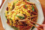 さっと炒めるだけの簡単レシピ!たっぷり野菜のチャプチェ