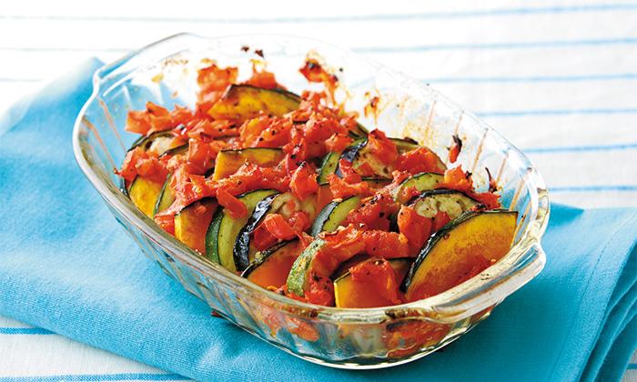 おもてなしに便利で簡単!夏野菜の重ね焼き