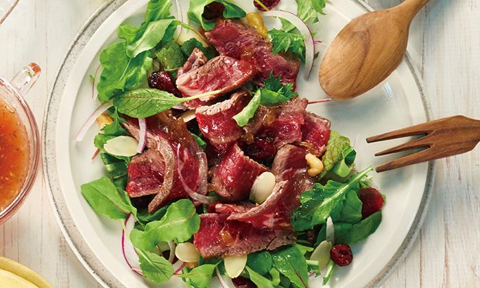 赤身牛とドライフルーツ&ナッツのサラダのレシピ