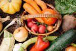 農薬とは。農薬商品は4,000件、一方で農薬の「有効成分」は550程度の成分
