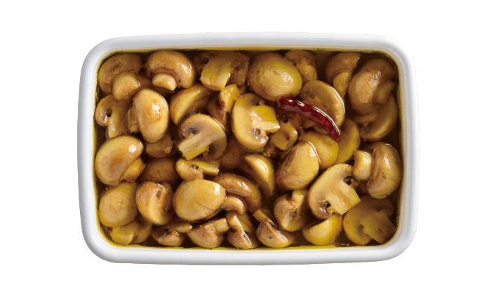 きのこの常備菜におすすめ!「きのこのオイル煮」はパスタやオムレツに使えるアレンジレシピ