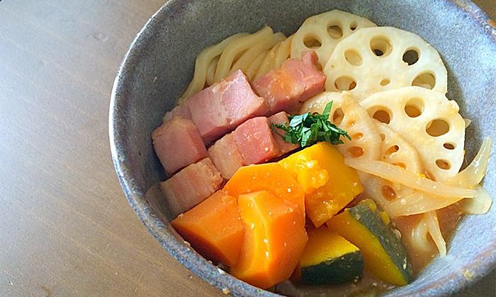 【一皿・時短】ほうとう風旬の野菜が主役な洋風煮込みうどん
