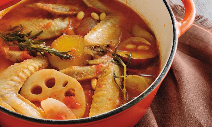 「手羽先と旬野菜のトマト煮込み」のレシピ