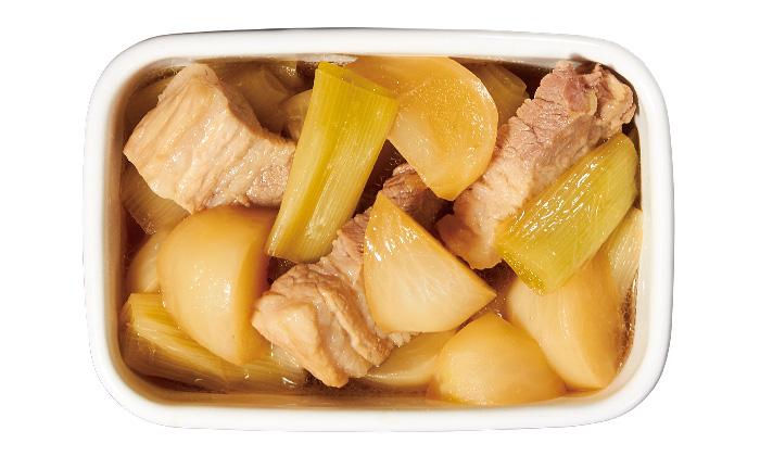 常備菜におすすめの「かぶとねぎと豚バラのうま煮」の作り方