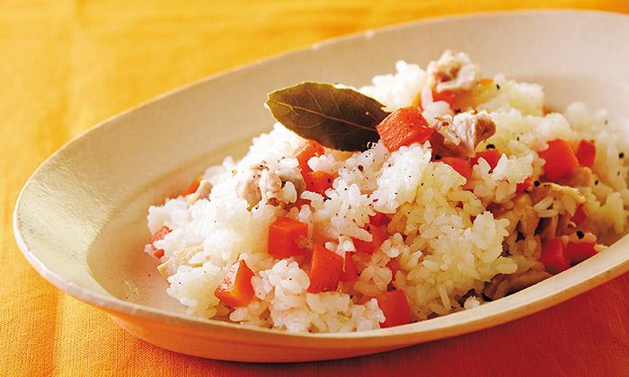 「蒸しにんじんの洋風混ぜご飯」のレシピ(作り方)