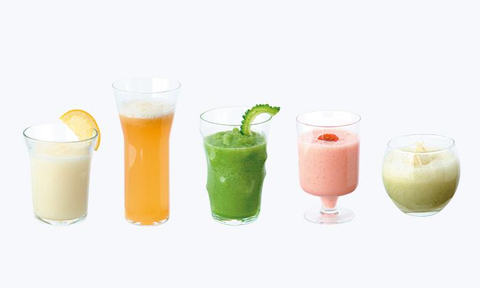 簡単!ミキサーやブレンダーで作る野菜スムージーの人気レシピ(作り方)