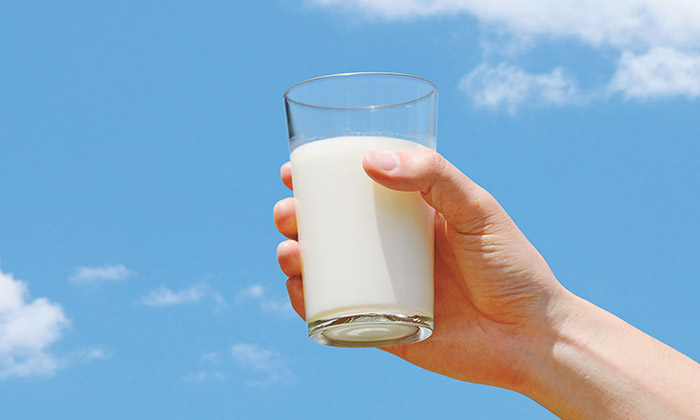 6月1日は牛乳の日。暑い季節にこそ「ごっくん牛乳」を!