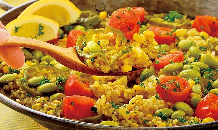 とうもろこしと枝豆、トマトの「夏野菜のパエリア」のレシピ