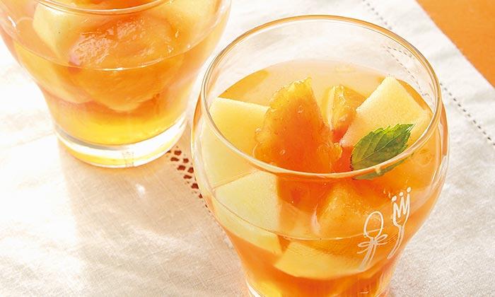 「柿とりんごのマチェドニア」の簡単レシピ(作り方)