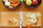 「トマトは切り方で味が変わる?!」「玉ねぎの変わった食べ方」など野菜調理の豆知識4選