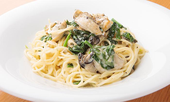 牡蠣とほうれん草のレモンクリームソーススパゲティのレシピ(作り方)
