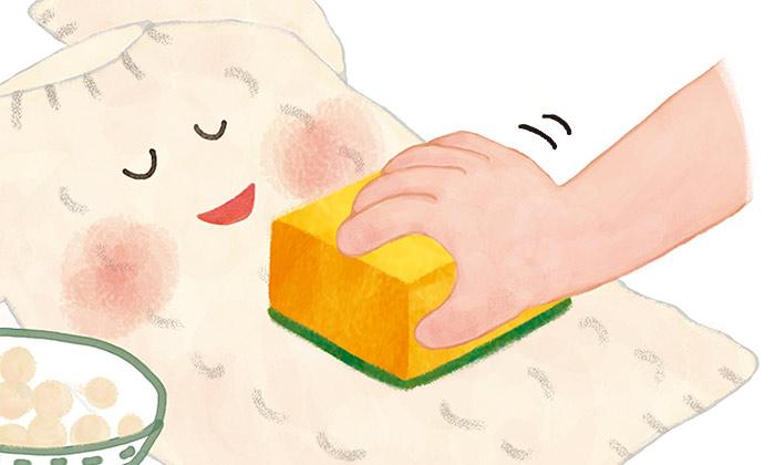 スポンジで毛玉が簡単に取れる?!暮らしまわりの知恵袋4選