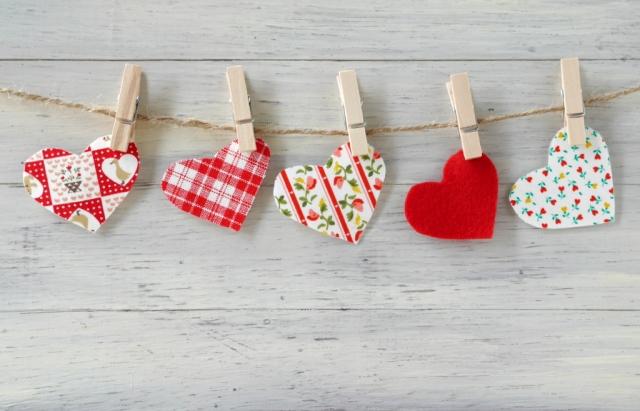 パパにバレンタインの手作りお菓子をプレゼント。子どもと作れるチョコレートのレシピ