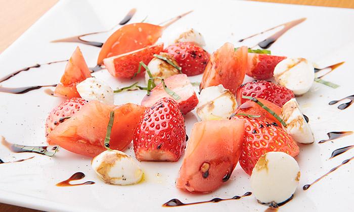 家庭で作れる本格イタリアン!いちごのカプレーゼのレシピ(作り方)