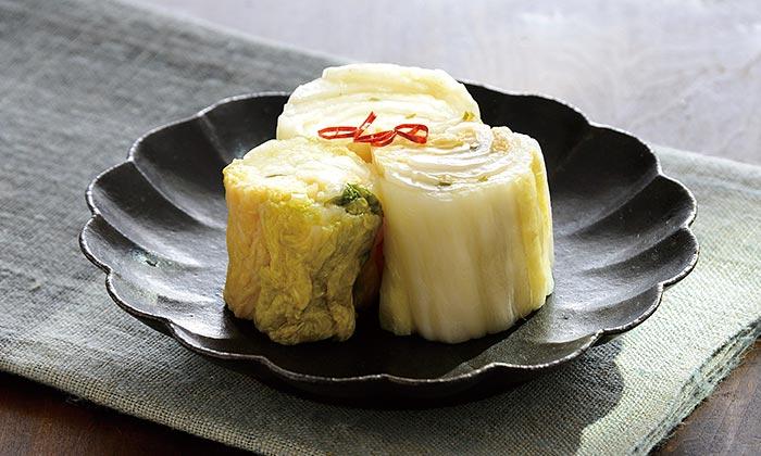 はじめての方でも楽しめるシンプルな保存食「白菜漬け」のレシピ