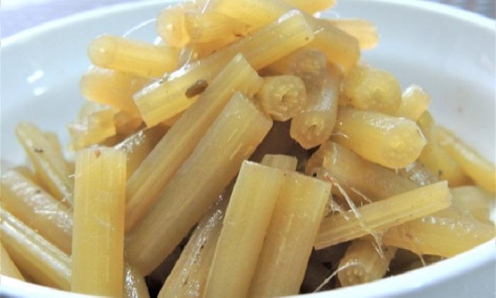 素材の味を生かして料理したい!「フキの煮物」のレシピ